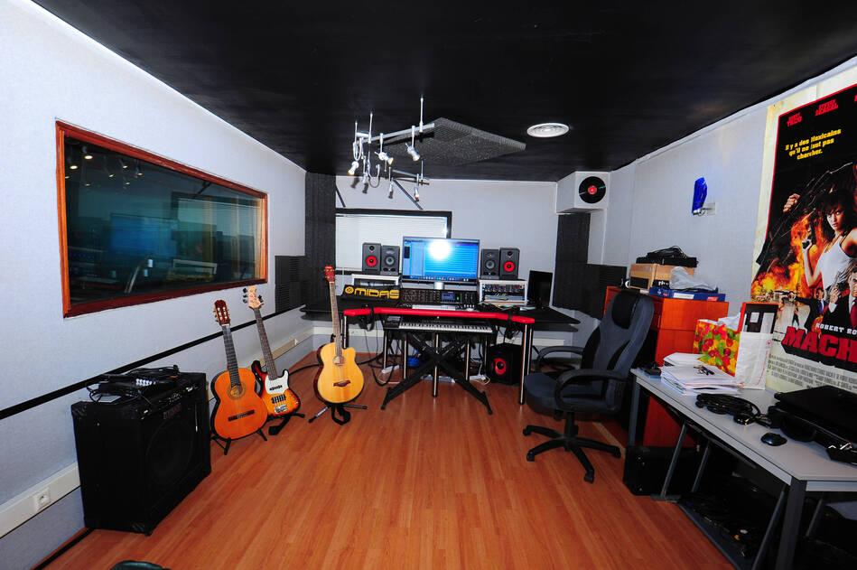studio enregistrement maison alfort ventana blog. Black Bedroom Furniture Sets. Home Design Ideas